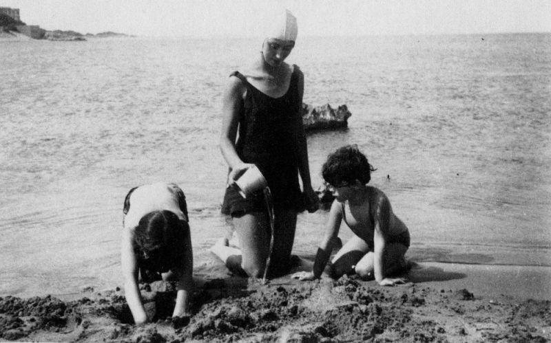 Museu de les Terres de l´Ebre : agenda : Exposició 'Anem a la platja'