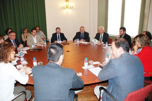 El Departament de Cultura signa un conveni de col·laboració per al trienni 2012-2014 amb l'observatori per a la recerca etnològica de Catalunya