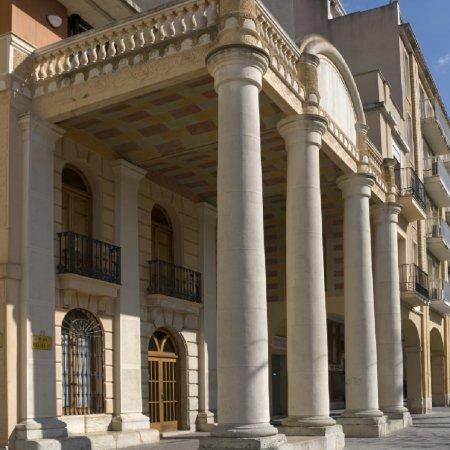 Museu de les Terres de l´Ebre : Serveis turístics : Sant Carles de la Ràpita, el somni d'un rei il·lustrat