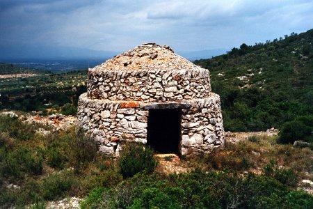 Museu de les Terres de l´Ebre : Serveis turístics : La Serreta dels Freginals, la Ruta de la Pedra en Sec