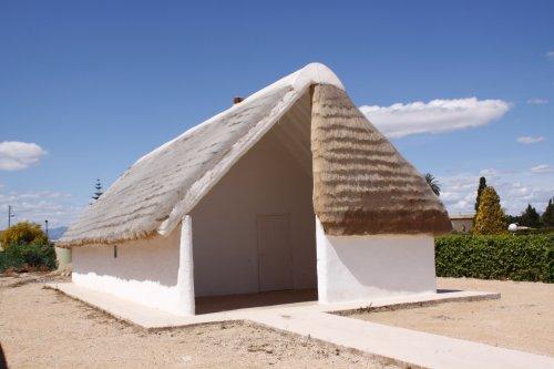 Museu de les Terres de l´Ebre : Serveis educatius : Centre d'Interpretació de les barraques del Delta, vivendes dels colonitzadors